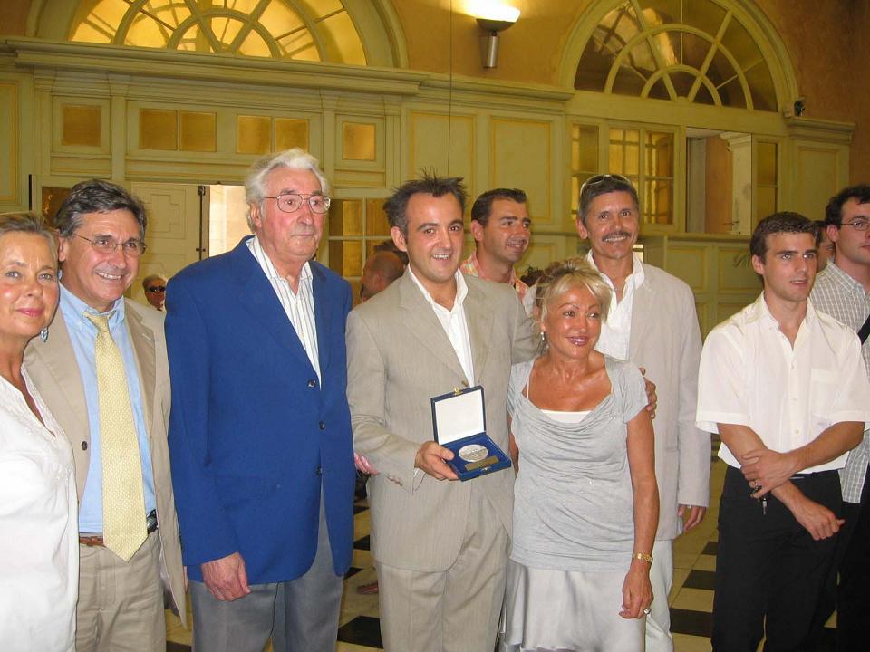 Remise de la médaille de la Ville à Norbert FERRE